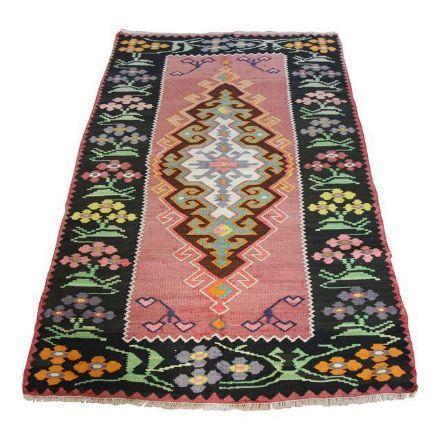 handmade-wool-kilim-rug
